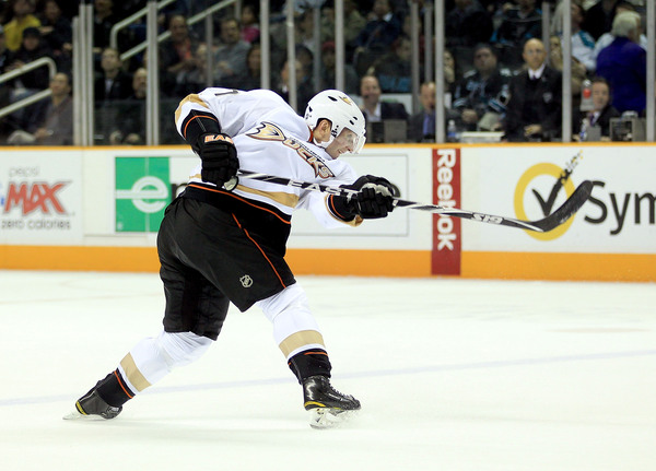 SAN JOSE CA - NOVEMBER 09: Lubomir Visnovsky #17 of the Anaheim Ducks scores the winning goal in overtime of their game against the San Jose Sharks at HP Pavilion on November 9 2010 in San Jose California.  (Photo by Ezra Shaw/Getty Images)