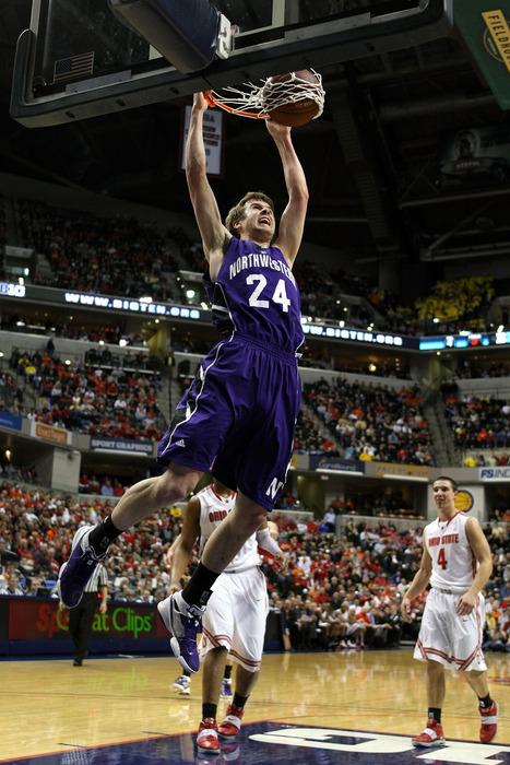 John Shurna, Northwestern's all-time leading scorer, has signed with the Knicks.
