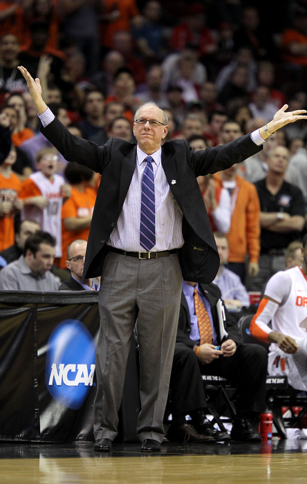 Jim Boeheim thanks the crowd after Syracuse was selected in the fifth round of the SB Nation Conference Re-draft Project by the House of a Thousand Sanctions.  (Photo by Andy Lyons/Getty Images)