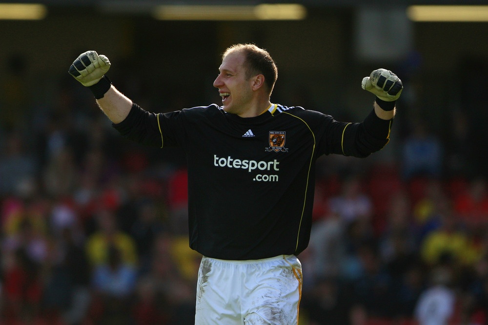 Brad Guzan ... so little action lately, I had to dip back in the Hull City days to find a decent photo of the man.