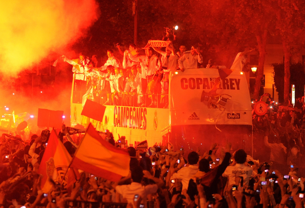 "Sergio ""Butterfingers"" Ramos drops the Copa del Ray"