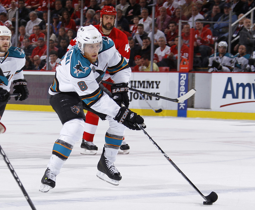 Joe Pavelski likes his new digs on the Sharks #1 line, and he would like to thank Michal Handzus for handling the 3C duties this season.