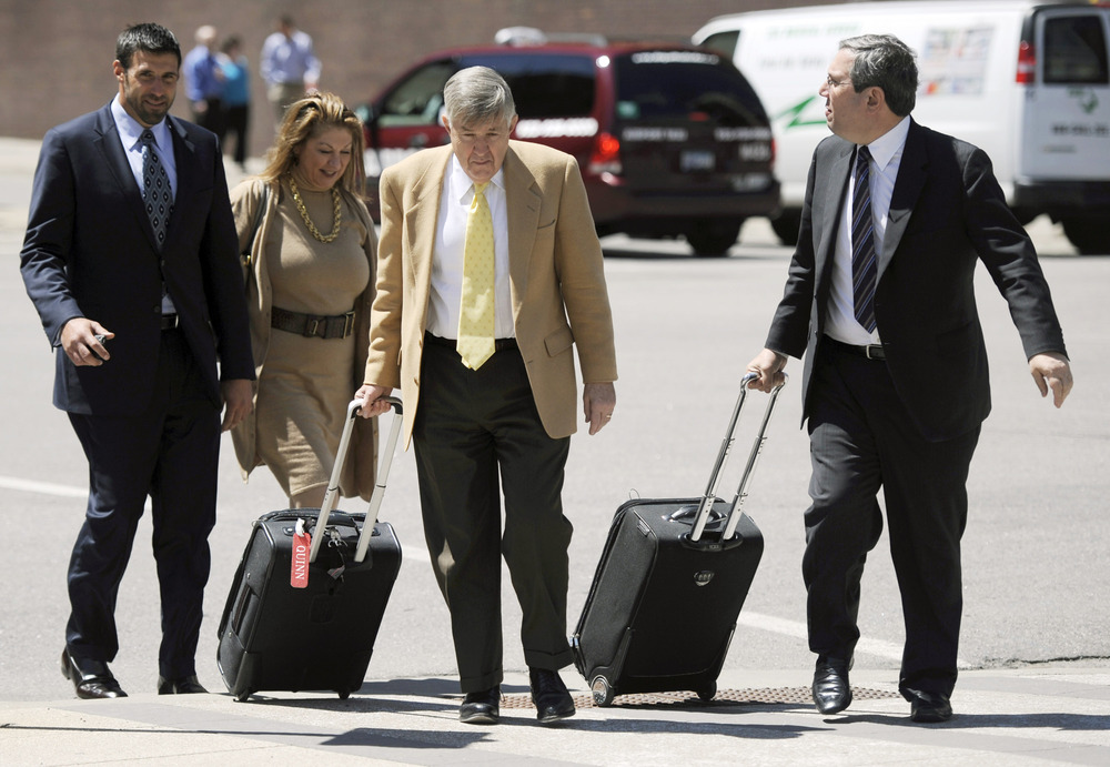 """Did anyone hear an ambulance?"" NFL players' lawyers James Quinn and Jeffrey Kessler."