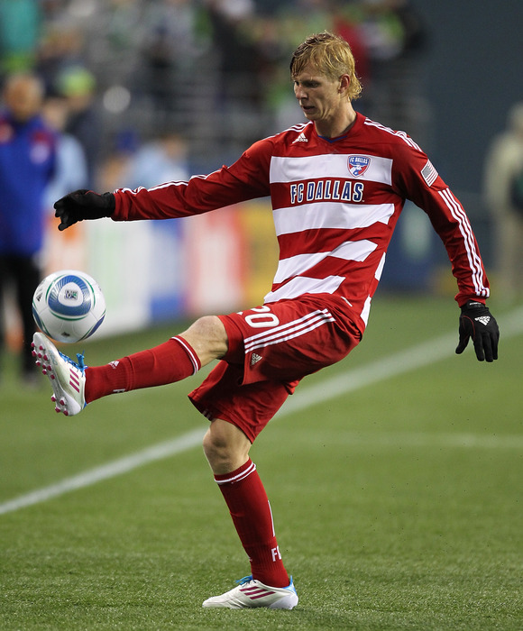 Will Brek Shea and FC Dallas be able to defeat a talented, yet underachieving New York Red Bulls squad? (Photo by Otto Greule Jr/Getty Images)
