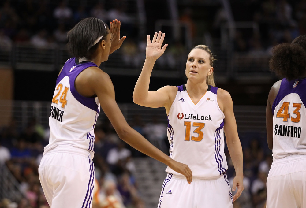 Forward DeWanna Bonner's (left) game-high 13 rebounds stood out as being one shy of a Phoenix Mercury post-season record, but fellow forward Penny Taylor's performance was quietly more significant. (Photo by Christian Petersen/Getty Images)