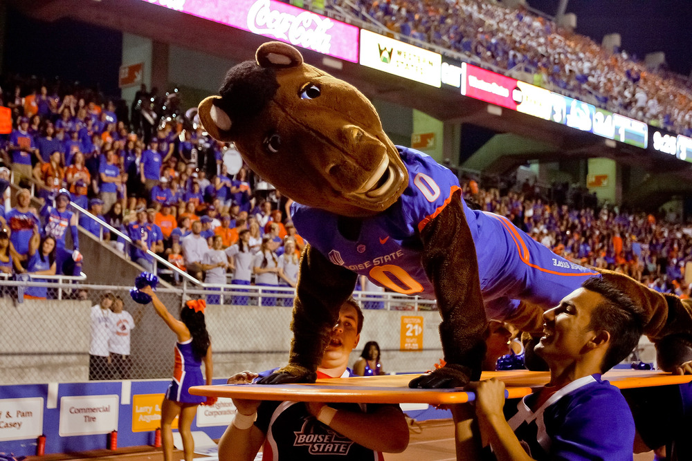 BOISE, ID - SEPTEMBER 24:  Boise State Broncos mascot Buster Bronco does post-touchdown pushups during the game against the Tulsa Golden Hurricane at Bronco Stadium on September 24, 2011 in Boise, Idaho.  (Photo by Otto Kitsinger III/Getty Images)