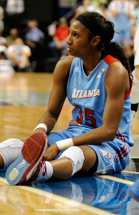 As determined as the Atlanta Dream were in the 2011 WNBA Finals, they were unable to win a game for the second consecutive season as they fell to the Minnesota Lynx.<em> (Photo by Hannah Foslien/Getty Images)</em>