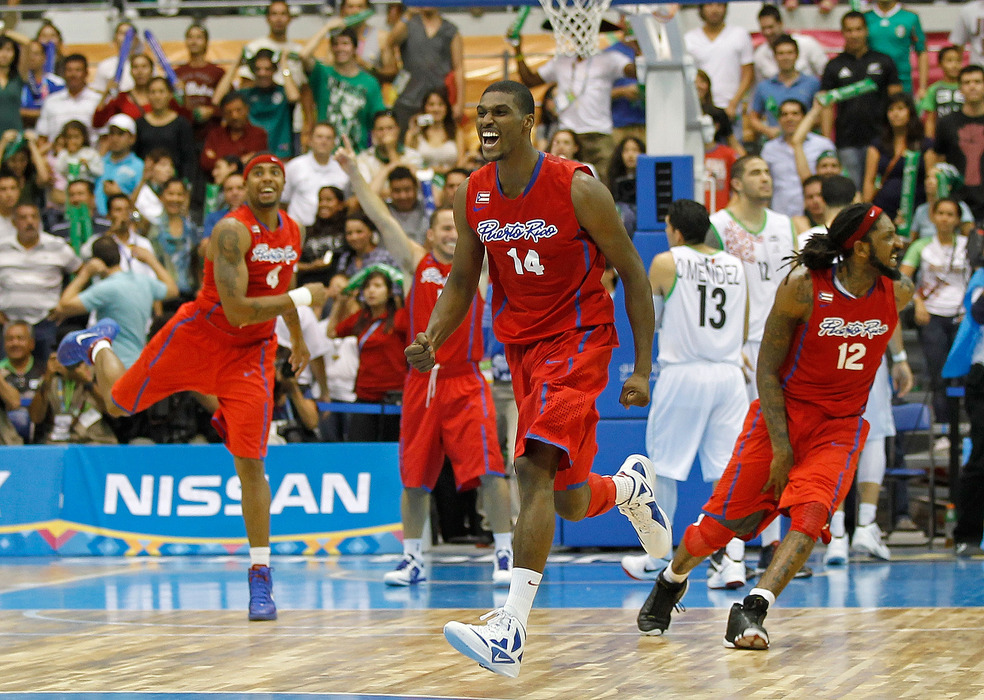Edwin Ubiles will play for the Dakota Wizards this season. He played for the Puerto Rican national team this summer, stealing the spotlight from J.J. Barea (in this picture).