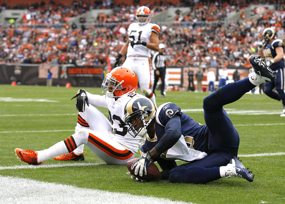 St. Louis Rams free agent wide receiver Brandon Lloyd reiterated his interest in playing for the New England Patriots and offensive coordinator Josh McDaniels.