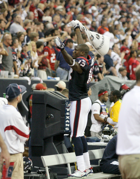 Jacoby's getting the crowd hyped...not that they needed it on Saturday.