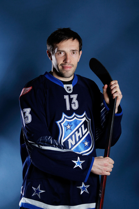Datsyuk was a reluctant looking 1st half All-Star for the league but he is no doubt ecstatic to be a 2nd Half All-Star for FHS