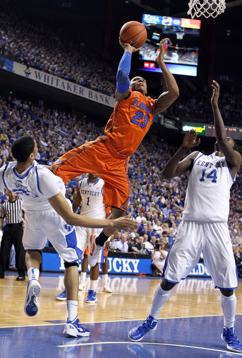 LEXINGTON, KY - FEBRUARY 07:  Bradley Beal #23 of the Florida Gators shoots the ball during the game against the Kentucky Wildcats  at Rupp Arena on February 7, 2012 in Lexington, Kentucky.  (Photo by Andy Lyons/Getty Images)