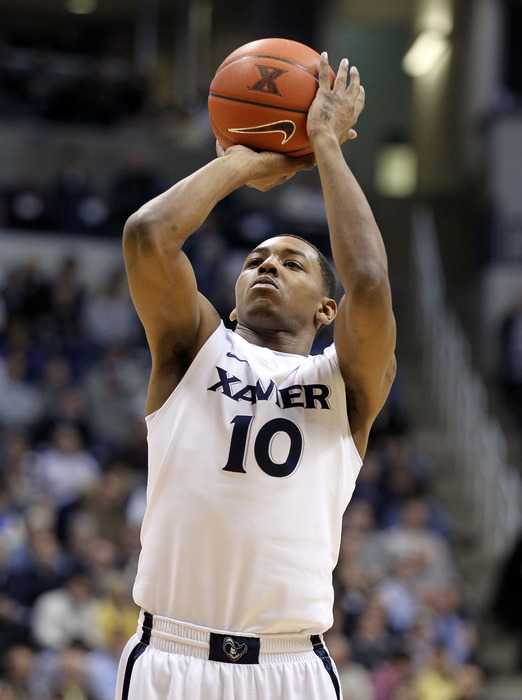 CINCINNATI, OH - FEBRUARY 08:  Mark Lyons #10 of the Xavier Musketeers shoots the ball during the game against the Rhode Island Rams at Cintas Center on February 8, 2012 in Cincinnati, Ohio.  (Photo by Andy Lyons/Getty Images)