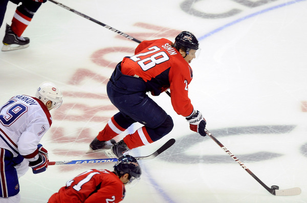 WASHINGTON - APRIL 15:  I wonder if this was shorthanded?  (Photo by Greg Fiume/Getty Images)
