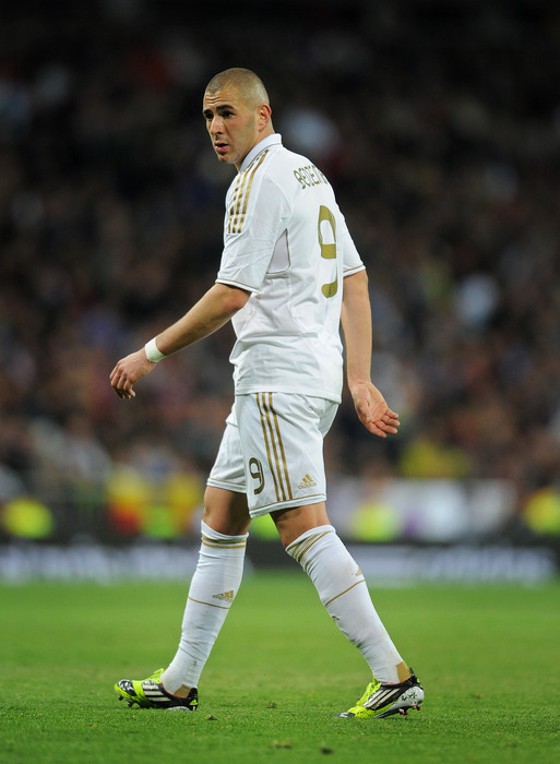 MADRID, SPAIN - MARCH 18: Karim Benzema of Real Madrid looks on during the la Liga match between Real Madrid CF and Malaga CF at the Estadio Santiago Bernabeu on March 18, 2012 in Madrid, Spain.  (Photo by Jasper Juinen/Getty Images)