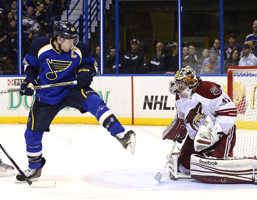 It's going to take a lot more than a David Backes hoedown to throw Mike Smith off his game.
