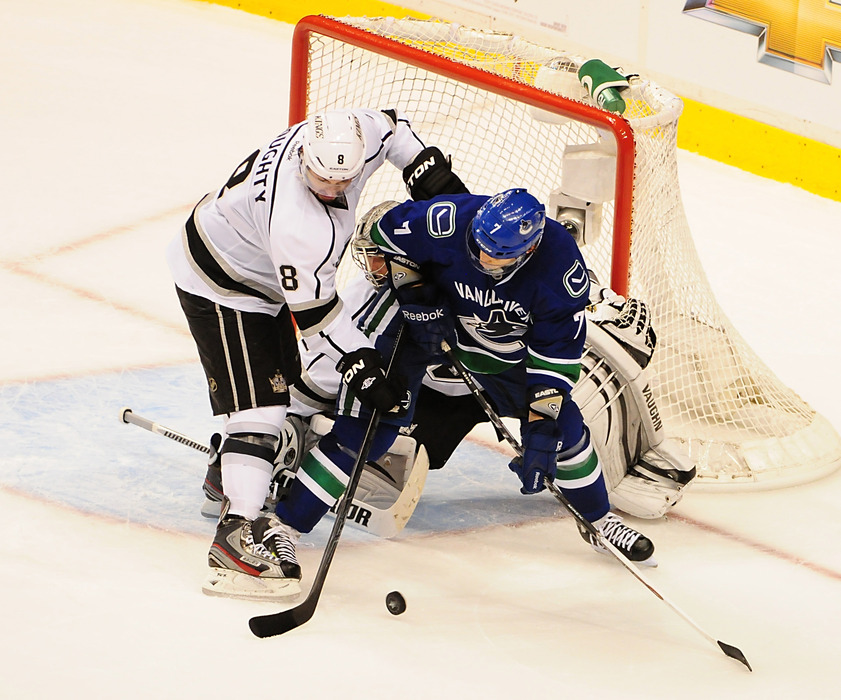 <em>Can the Los Angeles Kings steal another game on the road?</em>