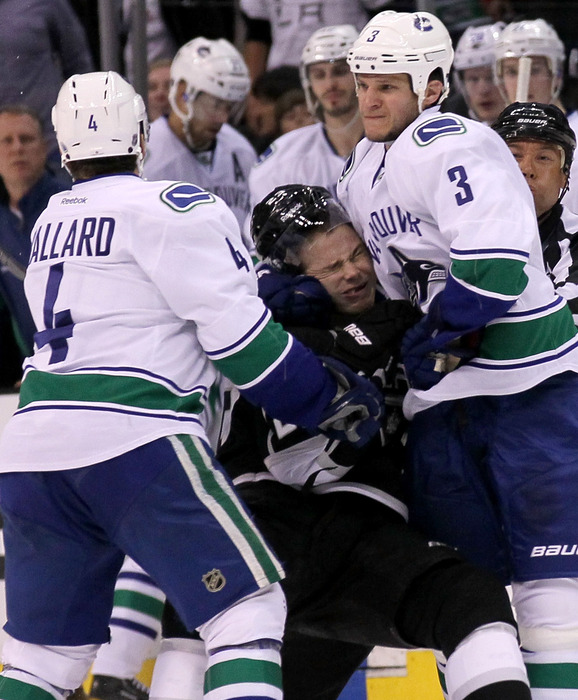 Yea, that's really showing the guy for laying out your Captain! (Sarcasm-hell)