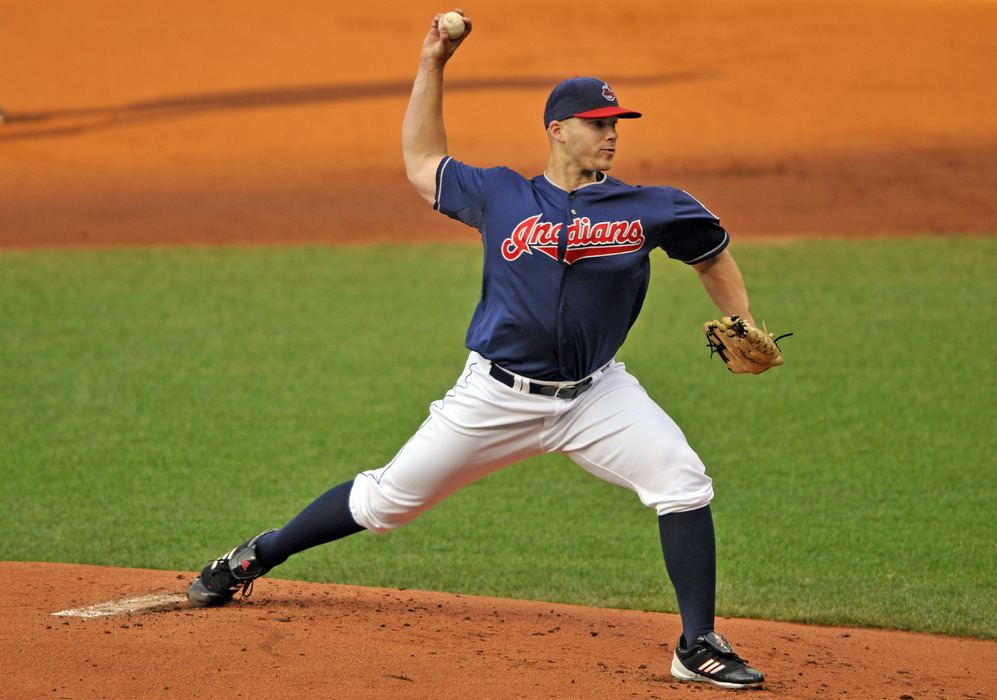 Cleveland, OH, USA; Cleveland Indians starting pitcher Justin Masterson (63) delivers against the Chicago White Sox in the first inning at Progressive Field. Mandatory Credit: David Richard-US PRESSWIRE