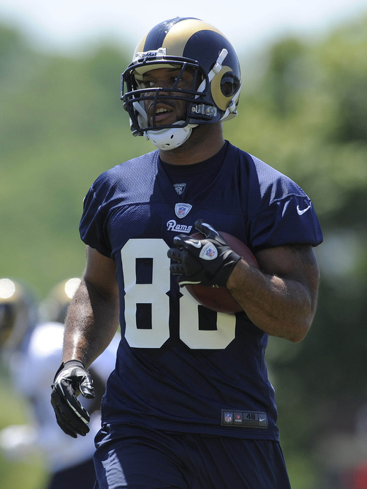 May 23, 2012; St. Louis, MO, USA; St. Louis Rams tight end Lance Kendricks (88) carries a ball during an OTA at ContinuityX Training Center. Mandatory Credit: Jeff Curry-US PRESSWIRE
