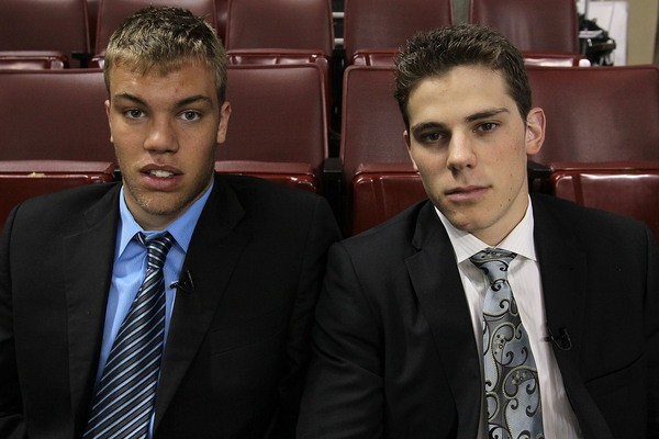 PHILADELPHIA - JUNE 04:  NHL top prospects Taylor Hall (L) and Tyler Seguin pose before Game Four of the 2010 NHL Stanley Cup Final at Wachovia Center on June 4, 2010 in Philadelphia, Pennsylvania.  (Photo by Jim McIsaac/Getty Images)