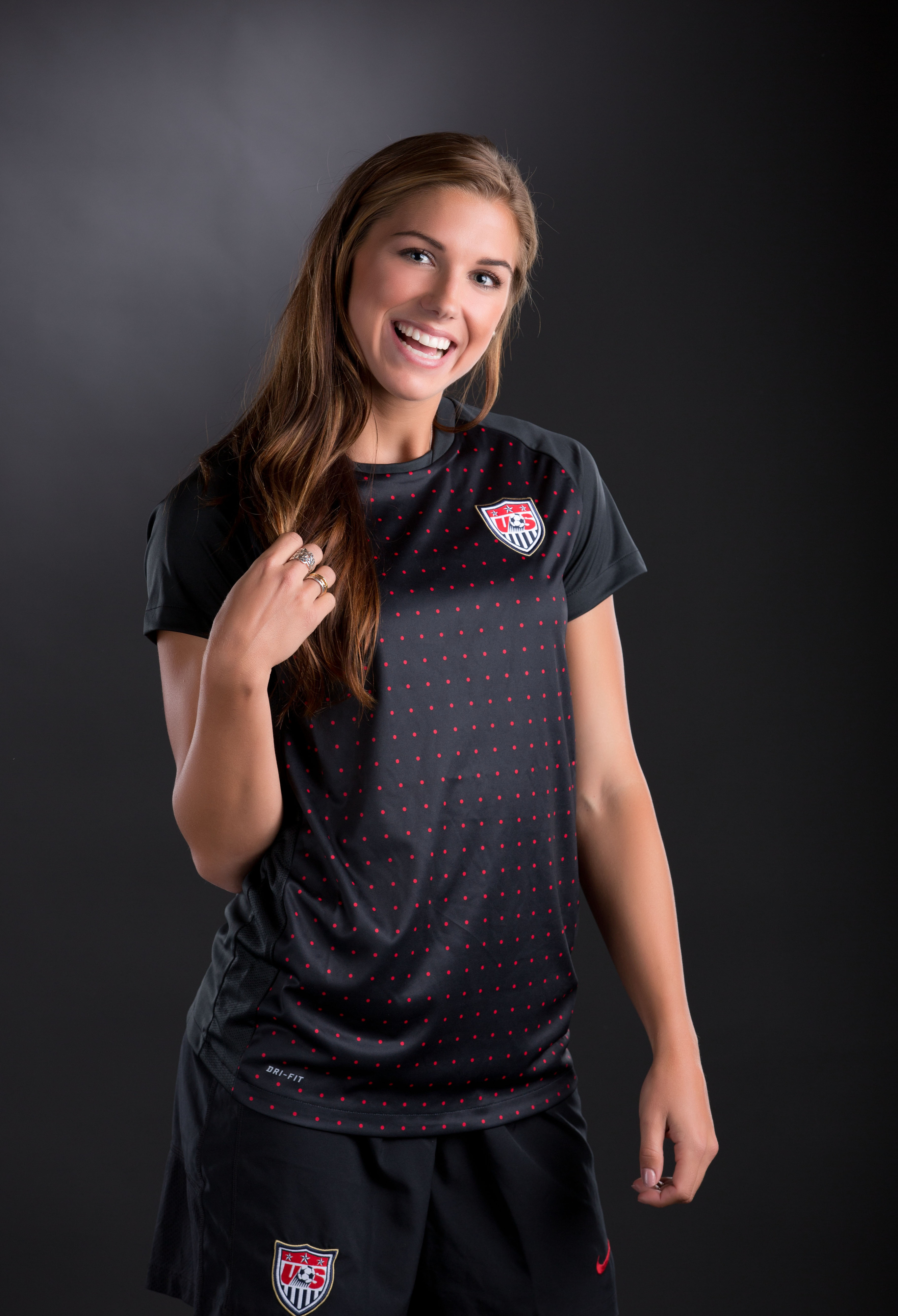 Alex Morgan, one of 5 Golden Bears in action in Day 10, while looking friendly here can be deadly on the soccer pitch. Find out how our neighbors to the North (Canada) think of her now after the jump.