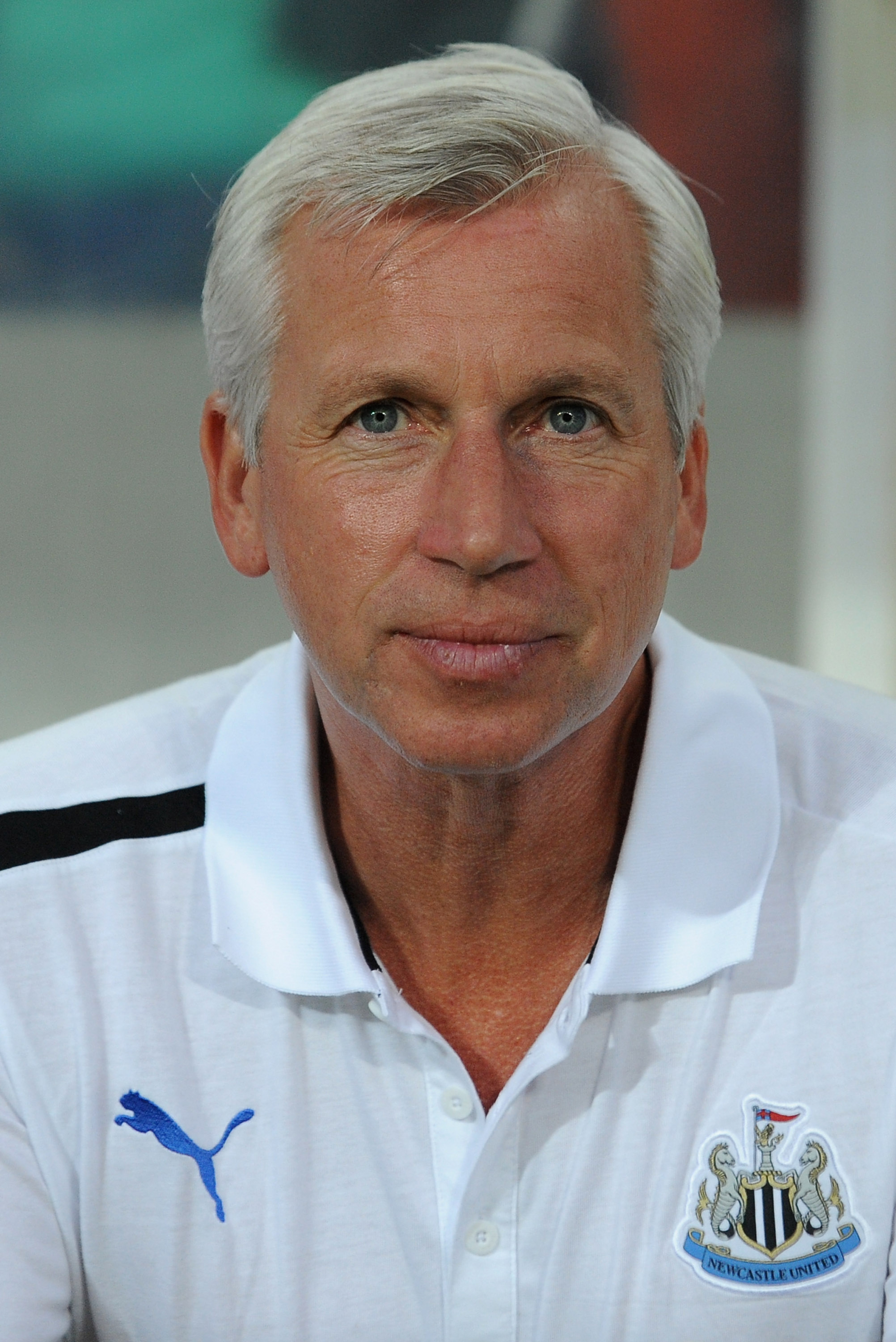 FARO, PORTUGAL - JULY 27:  Newcastle United manager Alan Pardew looks on prior to the pre-Season friendly match between Newcastle United and Olympiacos on July 27, 2012 in Faro, Portugal.  (Photo by Valerio Pennicino/Getty Images)