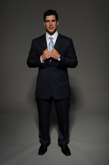 LAS VEGAS - JUNE 23:  Sidney Crosby of the Pittsburgh Penguins poses for a portrait during the 2010 NHL Awards at the Palms Casino Resort on June 23, 2010 in Las Vegas, Nevada. (Photo by Harry How/Getty Images)