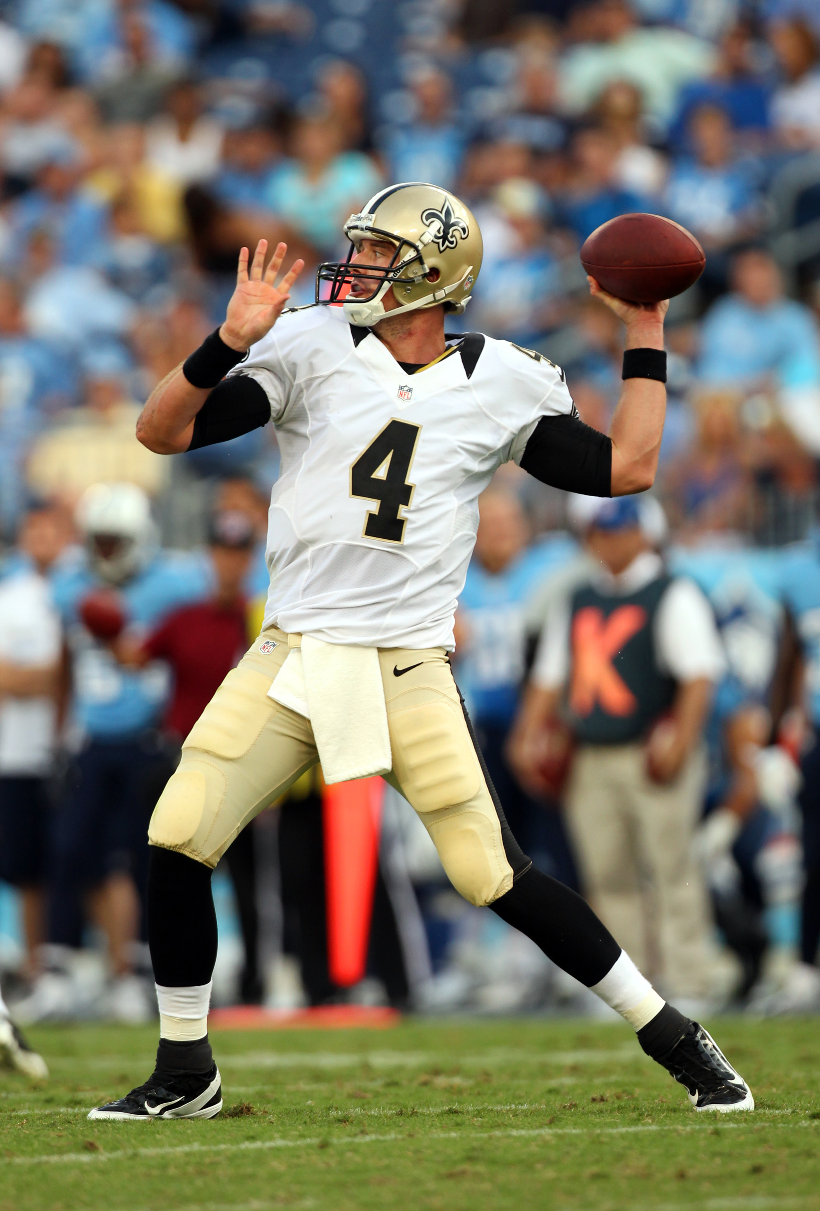 NASHVILLE, TN - AUGUST 30: Sean Canfield #4 of the New Orleans Saints passes the ball against the Tennessee Titans at LP Field on August 30, 2012 in Nashville, Tennessee.  (Photo by Joe Murphy/Getty Images)