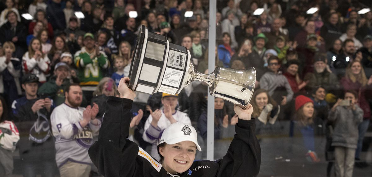 Whitecaps Kate Schipper celebrated with the Isobel Cup at Tria Rink Sunday March 17, 2019 in St. Paul MN.] The Minnesota Whitecaps beat the the Buffalo Beauts 2-1 in overtime to win the NWHL Championship at Tria Rink. Jerry Holt • Jerry.holt@startrib