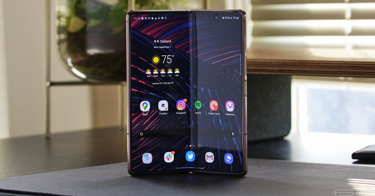 Samsung now lets you return a new Galaxy Z Fold 2 or Z Flip foldable after 100 days