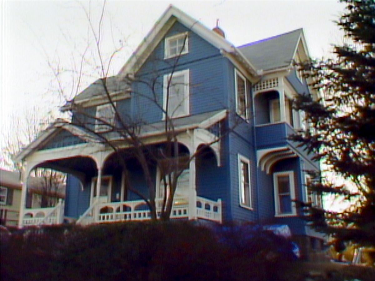 Season 7 - Melrose house exterior