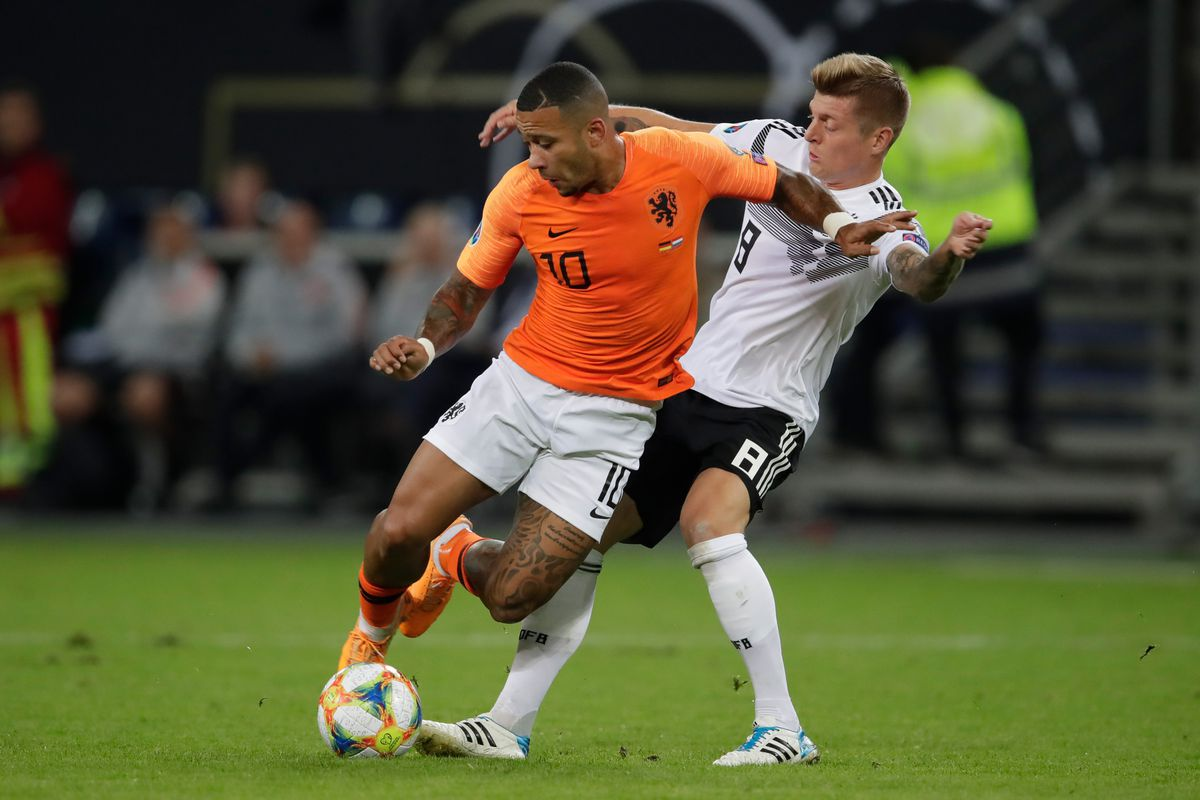 Germany v Holland -EURO Qualifier