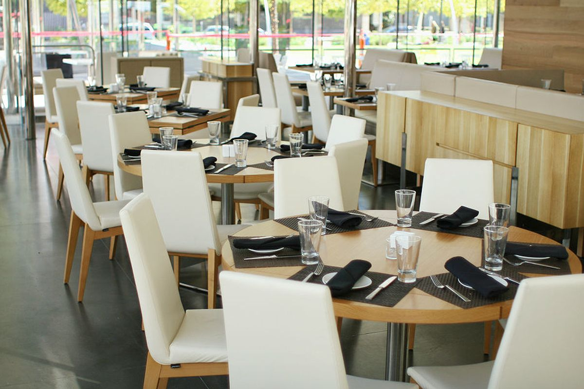 Savor is now open for lunch daily.