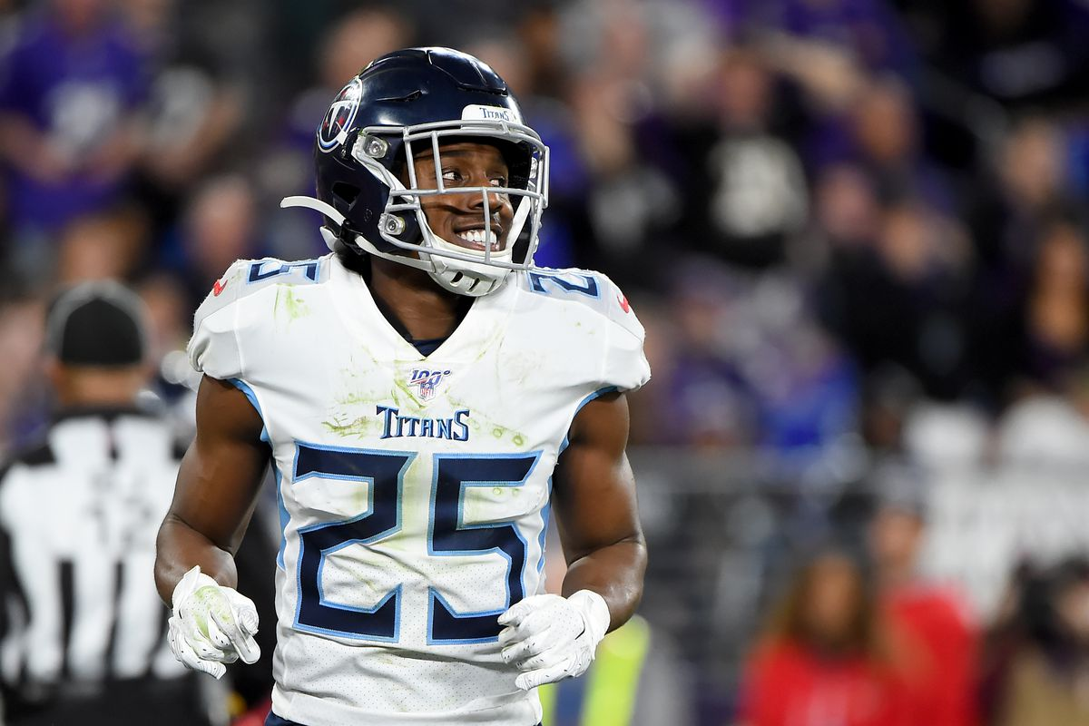 Adoree' Jackson #25 of the Tennessee Titans looks on during the AFC Divisional Playoff game against the Baltimore Ravens at M&T Bank Stadium on January 11, 2020 in Baltimore, Maryland.