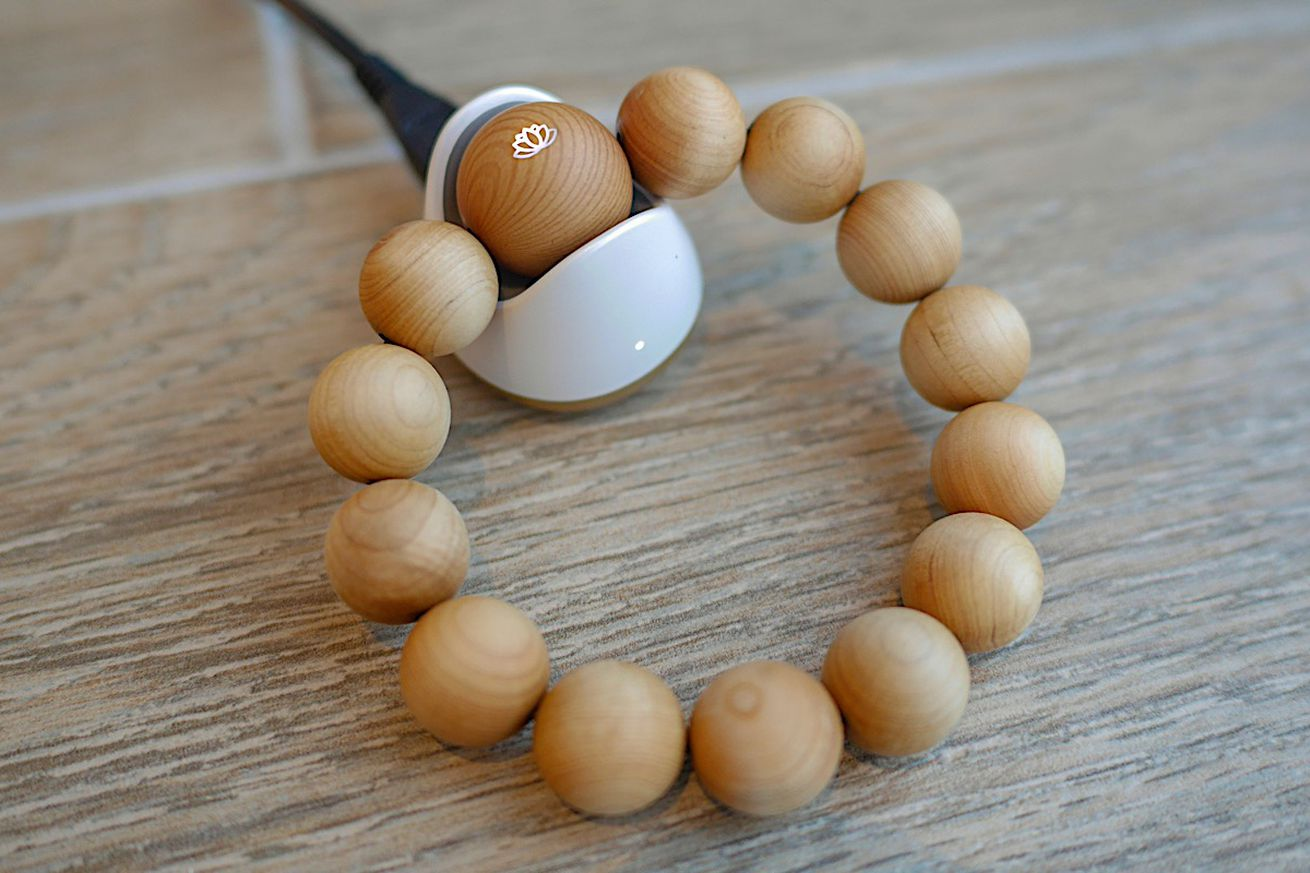 acer has made smart beads to help keep count of buddhist mantras