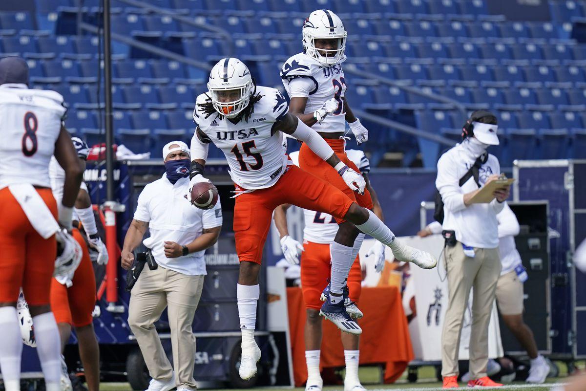 NCAA Football: Texas-San Antonio at BYU