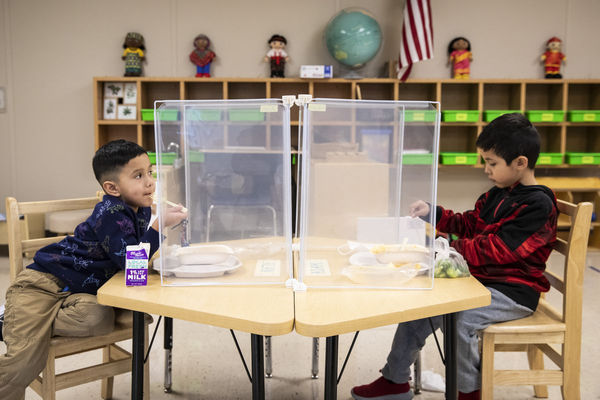 Preschool students eat lunch at Dawes Elementary School at 3810 W. 81st Pl. on the Southwest Side, Monday morning, Jan. 11, 2021.