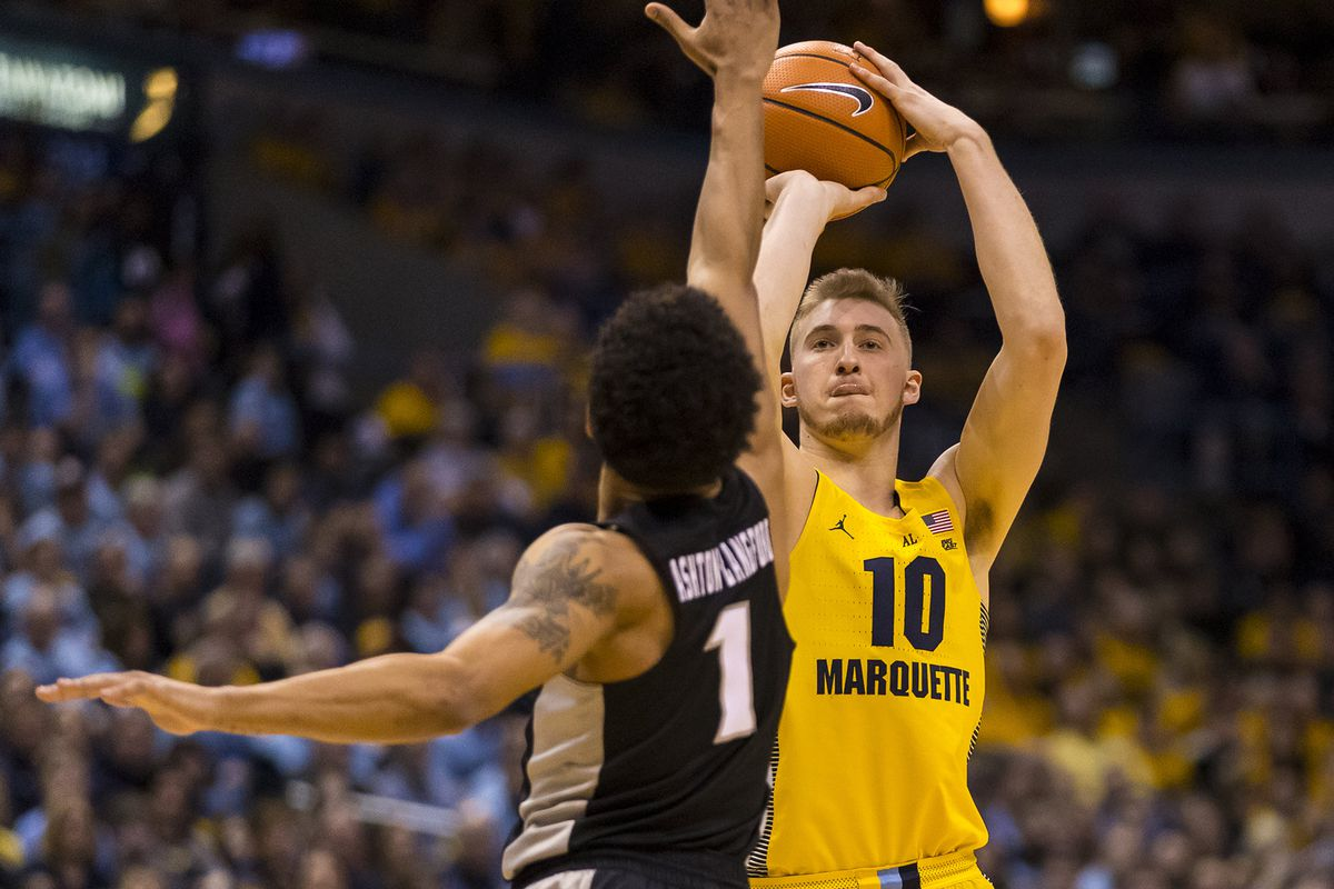 3bcb474198cf Providence vs. No. 15 Marquette game preview  D-Wade Day! - Big East ...