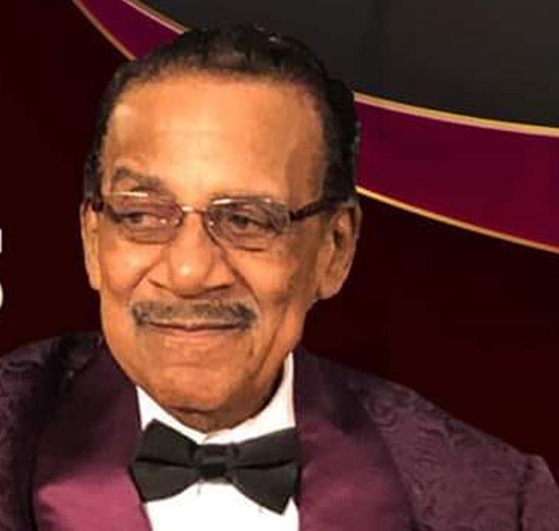 Pastor Maceo Woods.