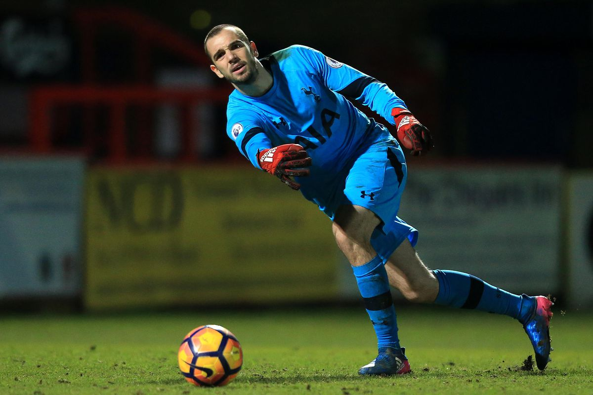 Espanyol keeper Pau Lopez reveals Tottenham return talk