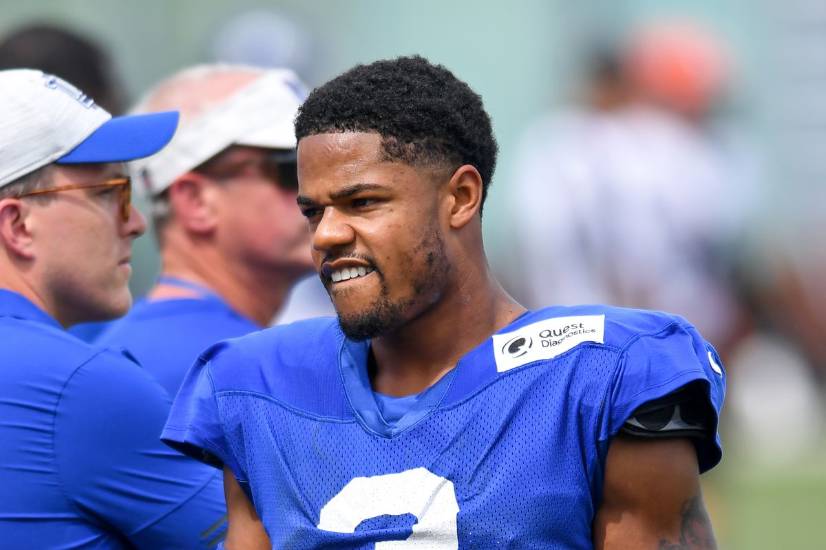 Wide receiver Sterling Shepard #3 of the New York Giants looks on during a joint practice with the Cleveland Browns on August 19, 2021 in Berea, Ohio.