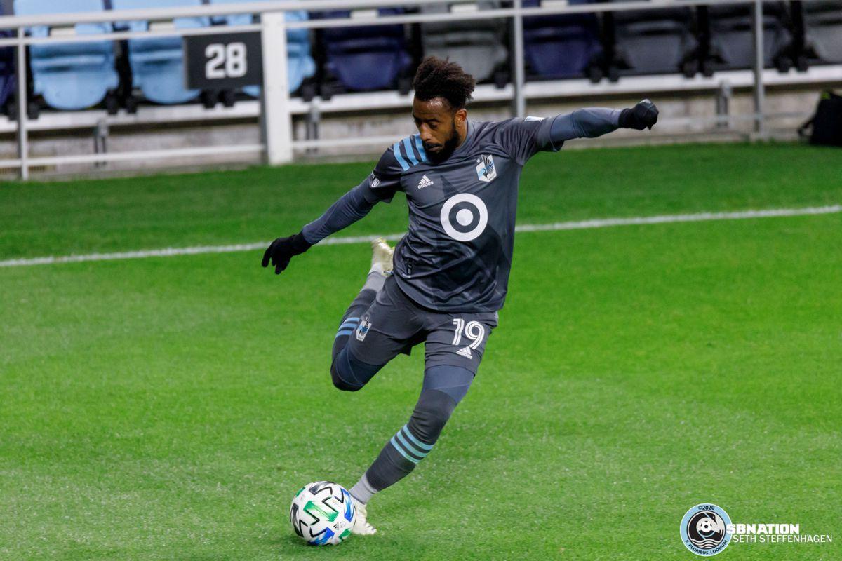 October 18, 2020 - Saint Paul, Minnesota, United States - Minnesota United defender Romain Metanire (19) crosses the ball during the match against Houston Dynamo match at Allianz Field.