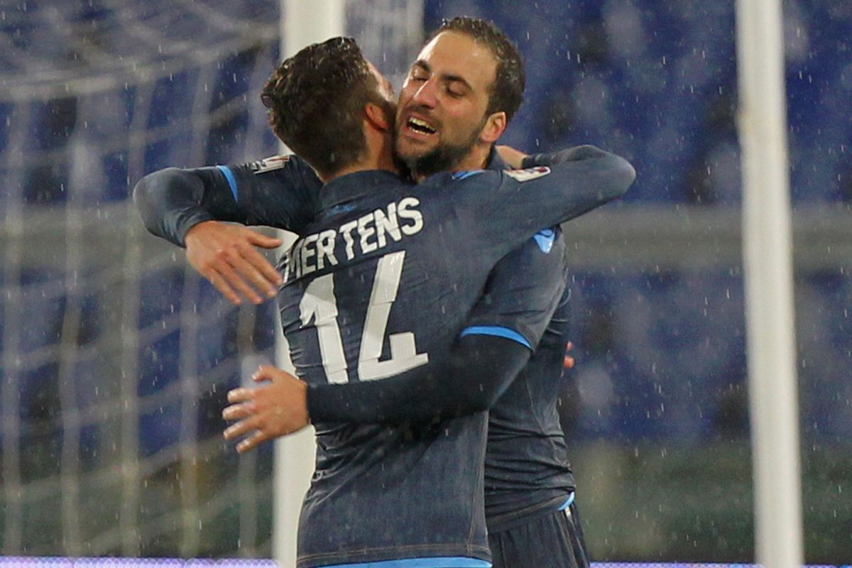 Dries is so little he has to go up on his tip-toes to hug Pipita. That's adorable.