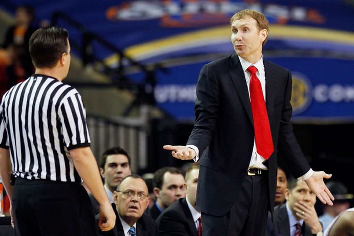 John Pelphrey argues with an official during the Hogs' SEC Tournament game against Tennessee (Photo by Kevin C. Cox/Getty Images)