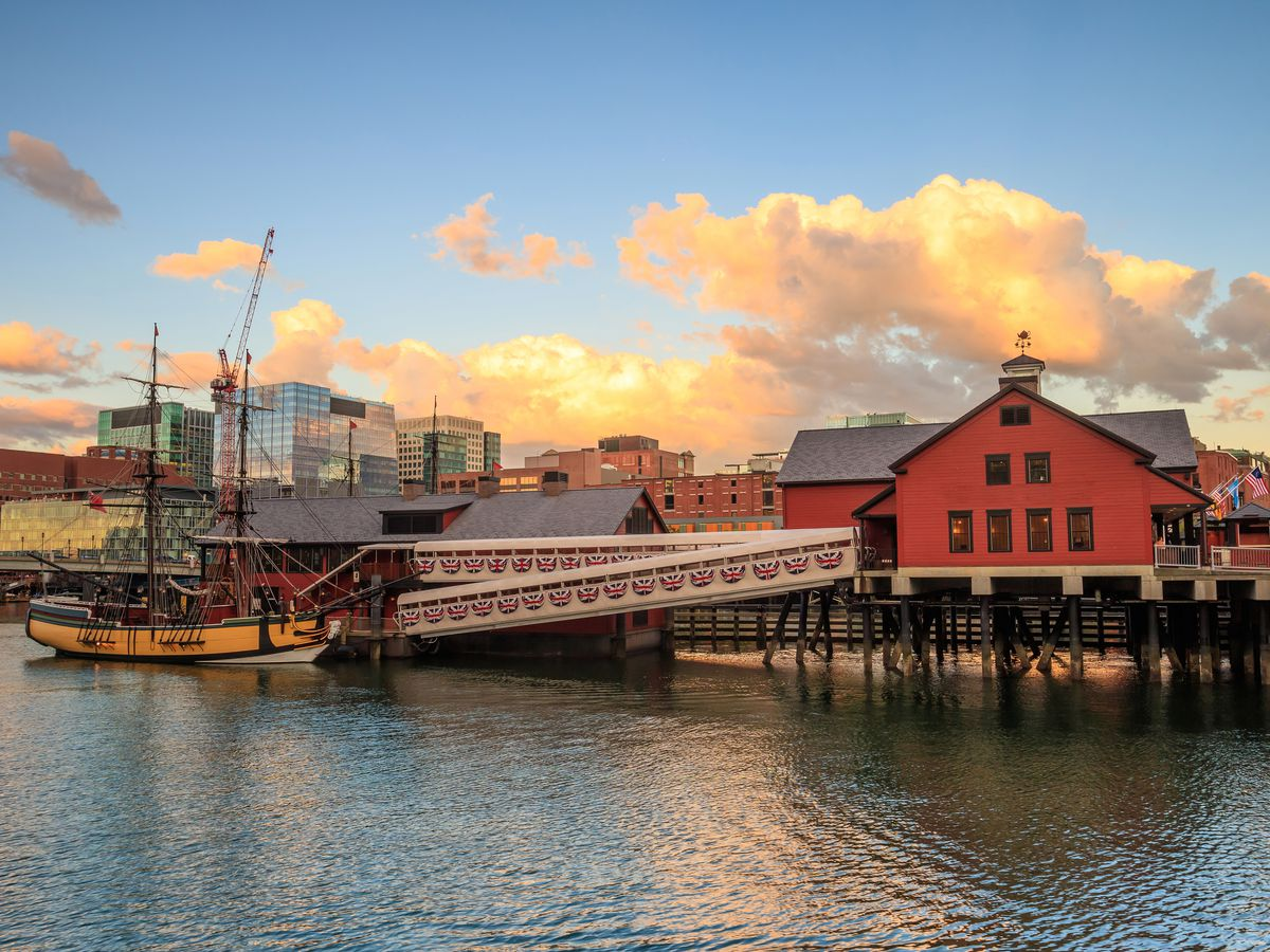 A waterfront with the Boston Tea Party Ships and Museum.