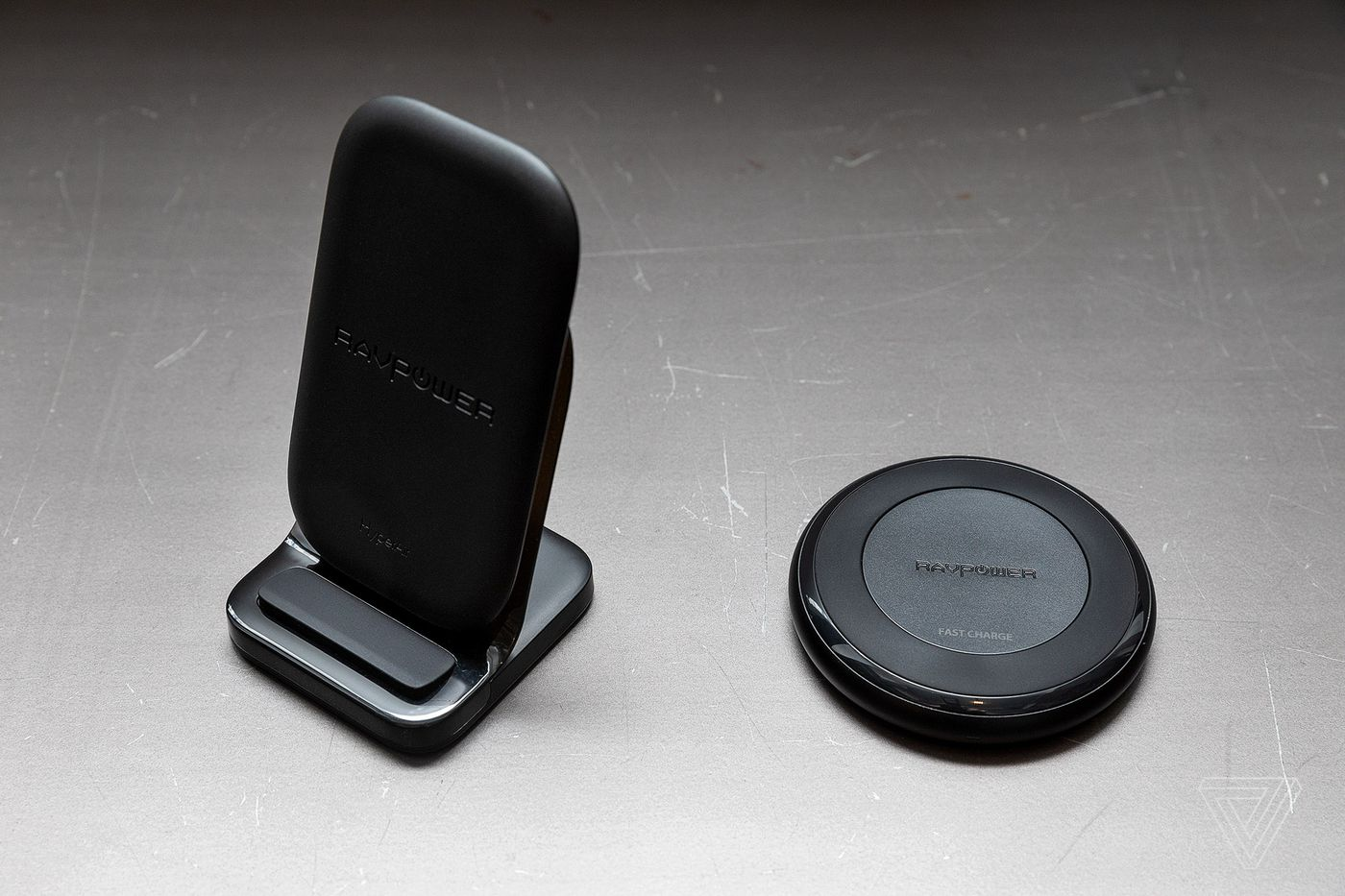 The best wireless charger to buy right now - The Verge