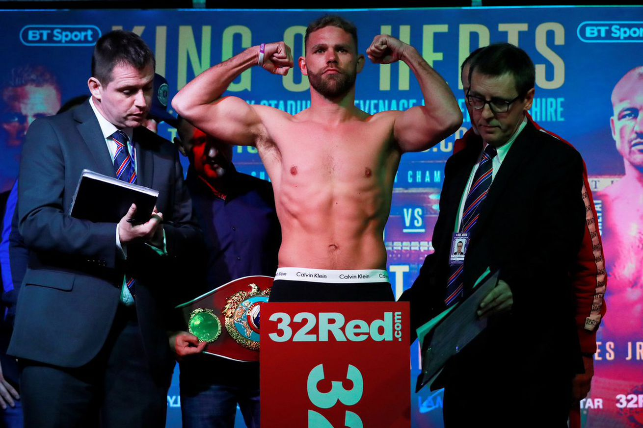 D6xpByzWsAM3MBt.0 - Saunders and Isufi make weight for WBO title fight