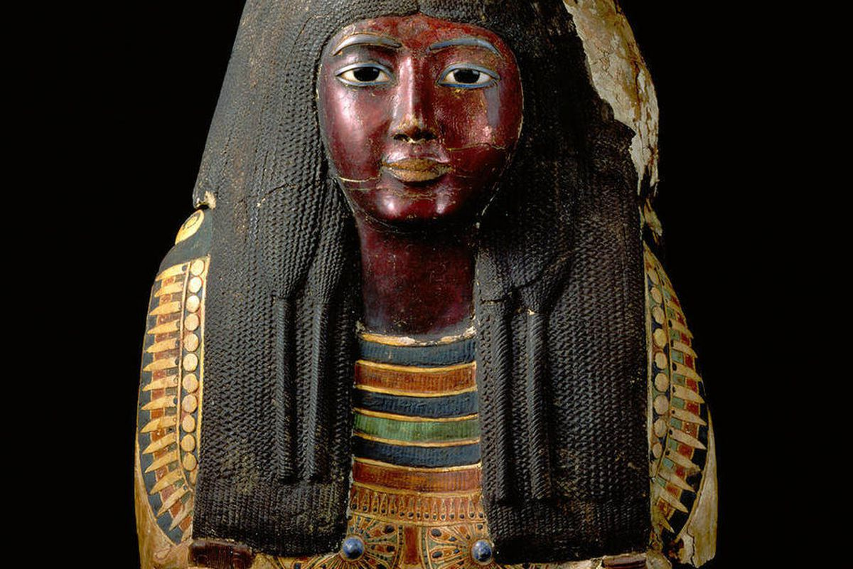 In this April 22, 2011, photo provided by the St. Louis Art Museum, the funeral mask of Lady Ka-Nefer-Nefer is seen in an undated photograph. The 3,200-year-old Egyptian mummy's mask can stay at the museum, a federal judge has ruled, saying the U.S. gover