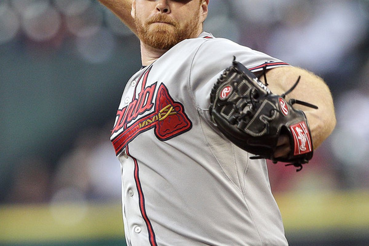 HOUSTON - APRIL 10:  Pitcher Tommy Hanson #48 of the Atlanta Braves throws against the Houston Astros at Minute Maid Park on April 10, 2012 in Houston, Texas.  (Photo by Bob Levey/Getty Images)
